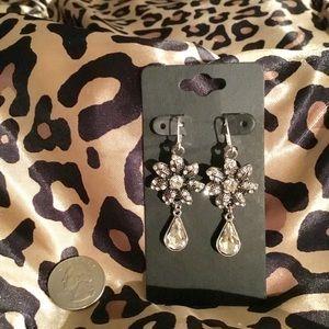 Gem Bloomed Earrings